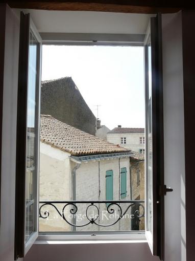 rambarde de fenetre latest gardecorps fentre with rambarde de fenetre simple balcon fait de. Black Bedroom Furniture Sets. Home Design Ideas